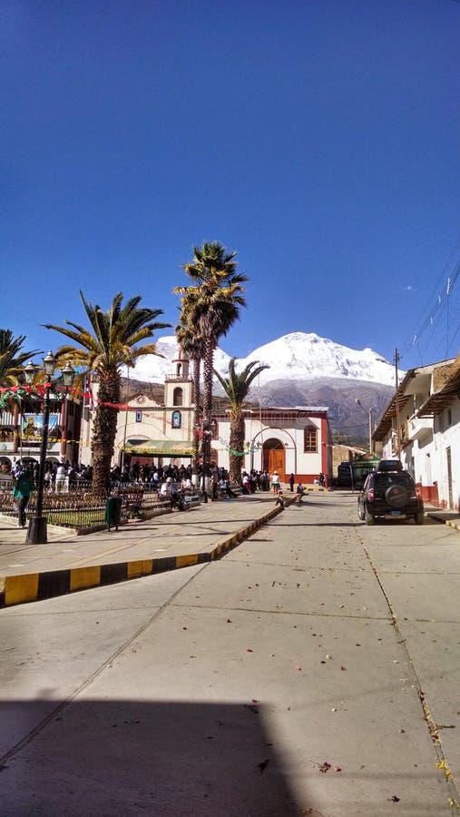Villaggio dei mancos nel huaraz Perù fotografie stock libere da diritti