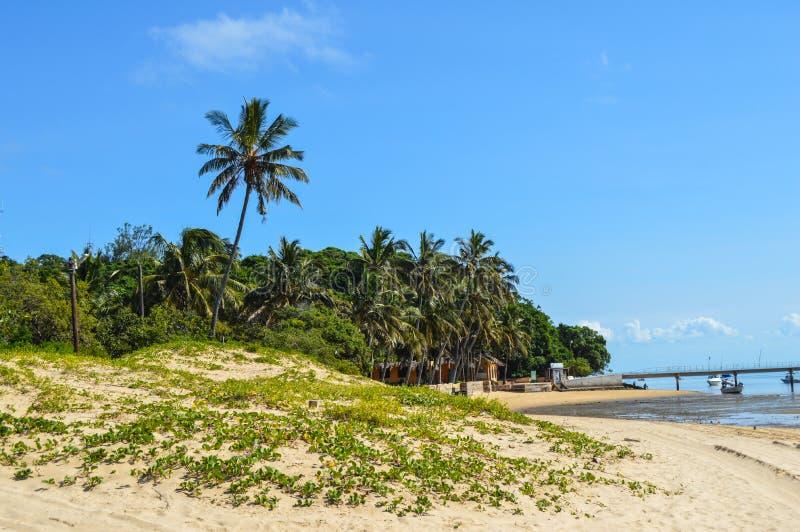 Villaggio dell'isola di Inhaca, un bello isola vicino al Portoghese Islan fotografia stock