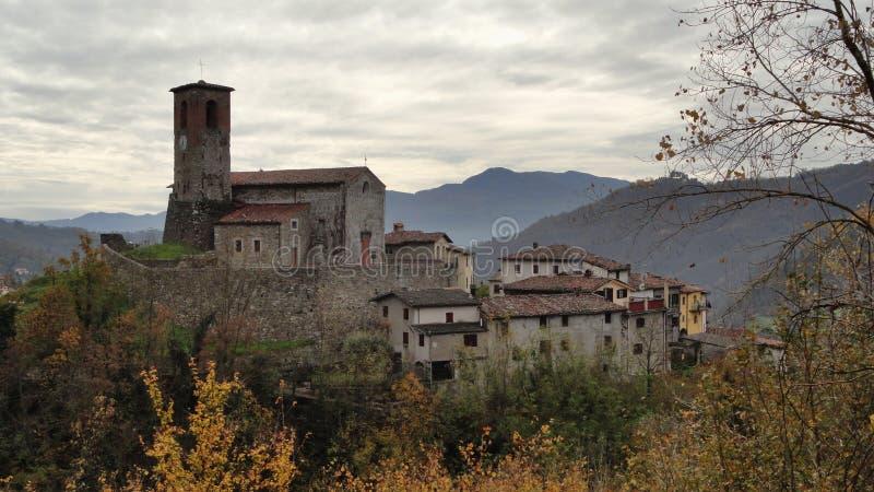 Villaggio della Toscana fotografia stock libera da diritti