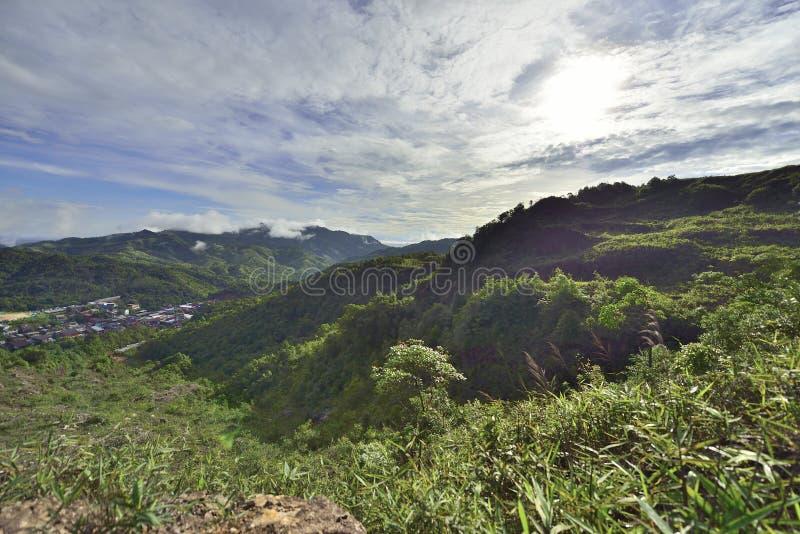 villaggio delle E-tenaglie alla provincia di Kanjana Buri nell'ovest della Tailandia fotografie stock libere da diritti