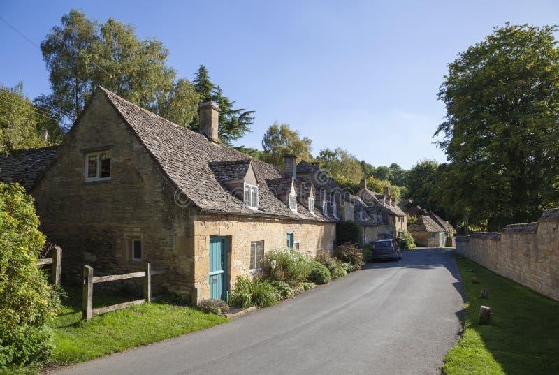 Villaggio di Cotswolds, Inghilterra immagini stock libere da diritti