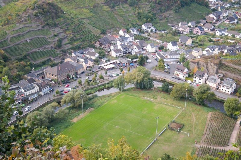 Villaggio di Mayschoss in valle di Ahr, Germania immagini stock
