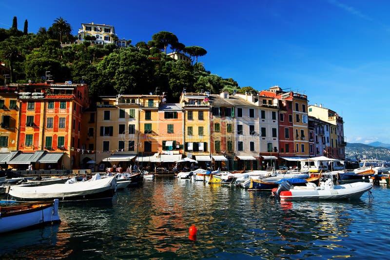 Villaggio di Portofino sul litorale ligure fotografia stock libera da diritti