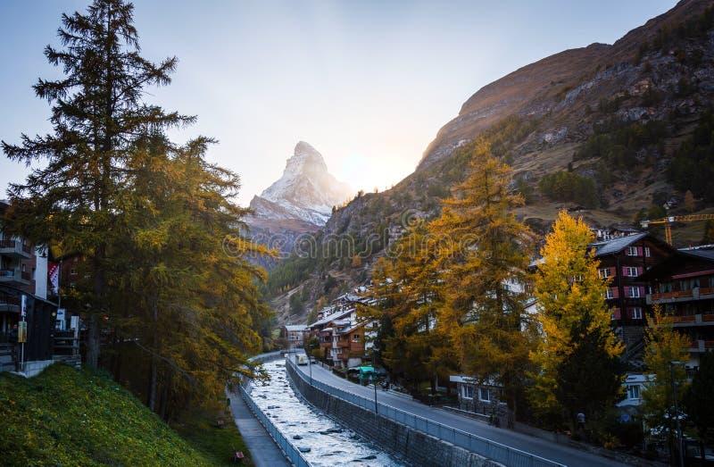 Villaggio di Zermatt il Cervino immagini stock libere da diritti