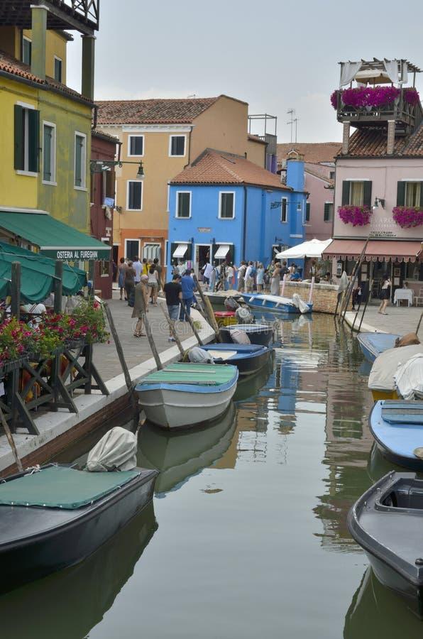 Villaggio italiano variopinto fotografie stock