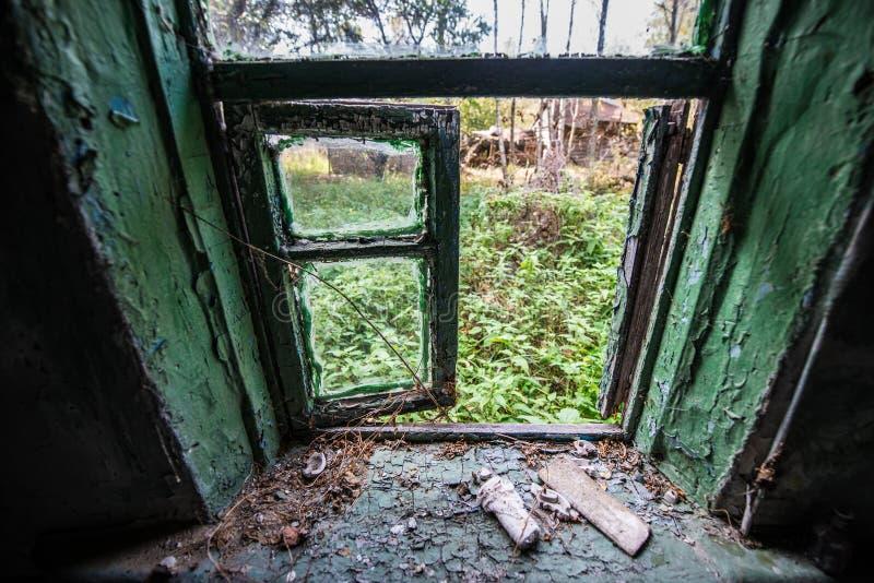 Villaggio nella zona di Cernobyl fotografie stock libere da diritti