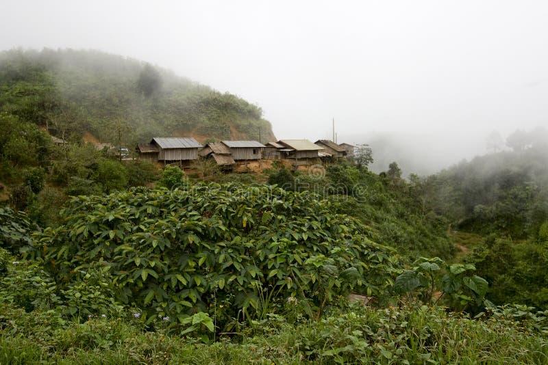 Villaggio nelle montagne, Laos di Hmong immagine stock