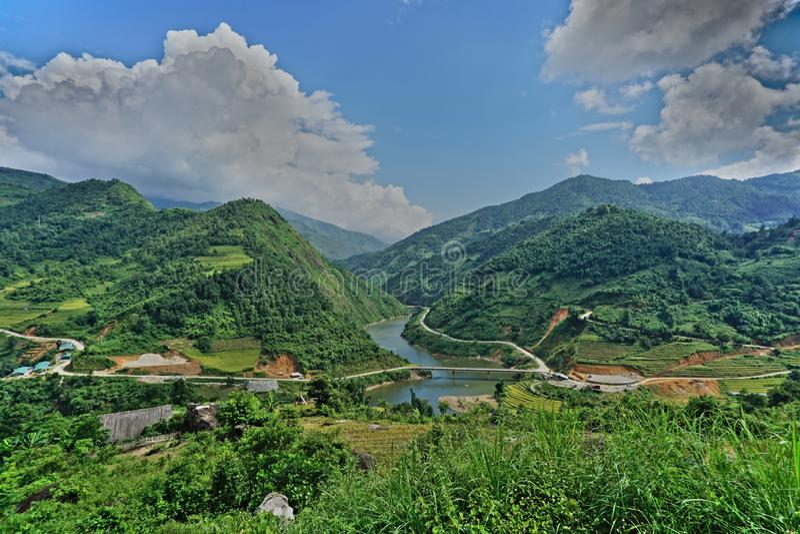 Villaggio noioso di divieto nel distretto di Sapa, Vietnam di nord-ovest immagini stock