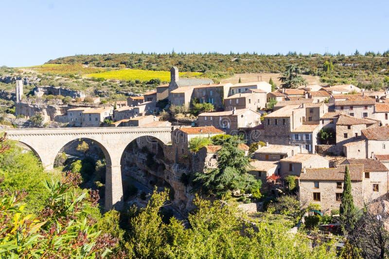 Villaggio storico Minerve, Francia della sommità immagine stock