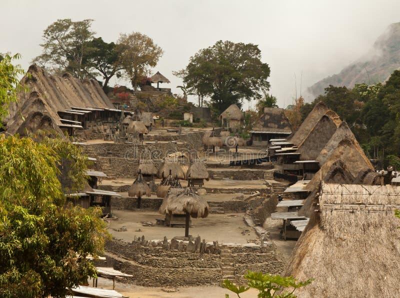 Villaggio tradizionale Bena sull'isola Indonesia del Flores fotografia stock libera da diritti