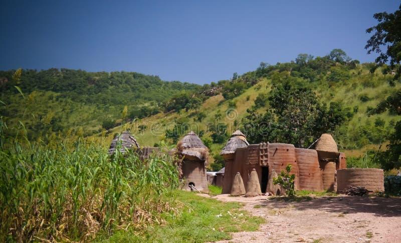Villaggio tradizionale di Tamberma a Koutammakou, la terra della gente di Tammari del Batammariba, regione di Kara, Togo fotografie stock libere da diritti