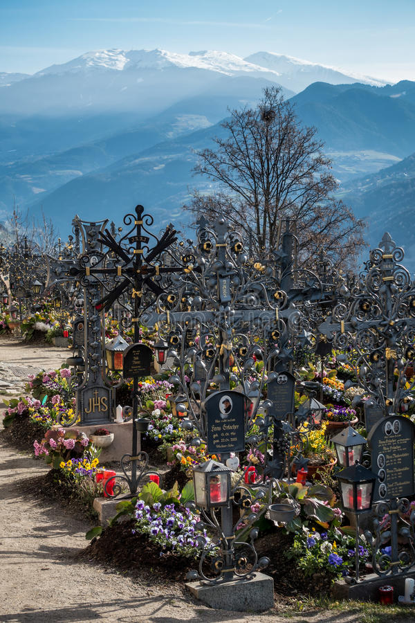 VILLANDERS, SOUTH TYROL/ITALY - MARCH 27 : Cemetery of the Paris royalty free stock photo
