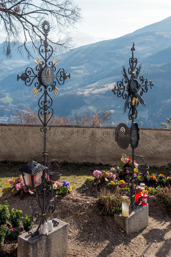 VILLANDERS, SOUTH TYROL/ITALY - MARCH 27 : Cemetery of the Paris royalty free stock photos