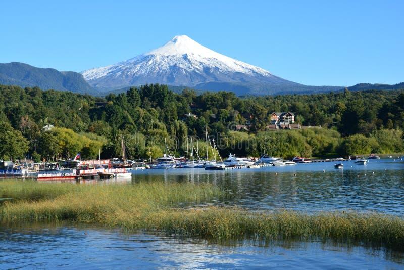 Villarica火山在Pucon,智利 免版税库存图片