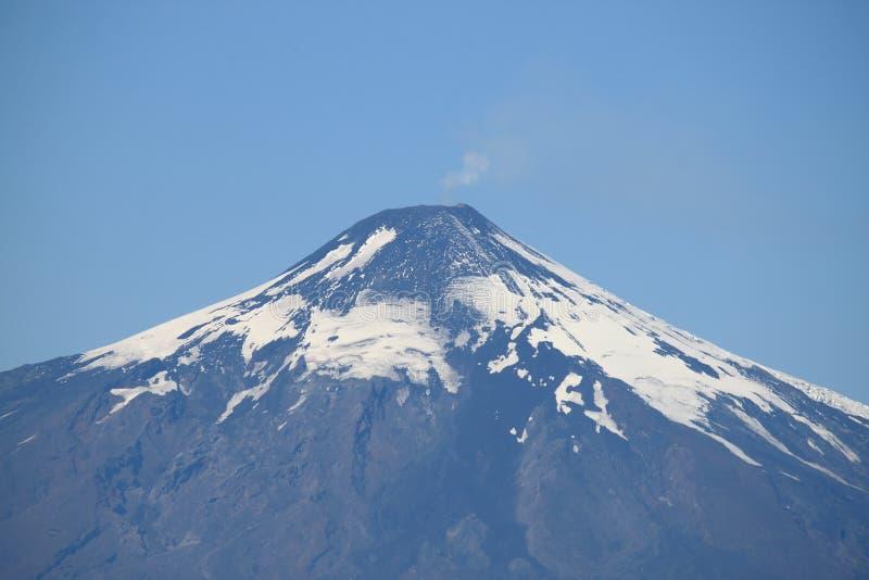 Villarrica vulkan royaltyfri foto