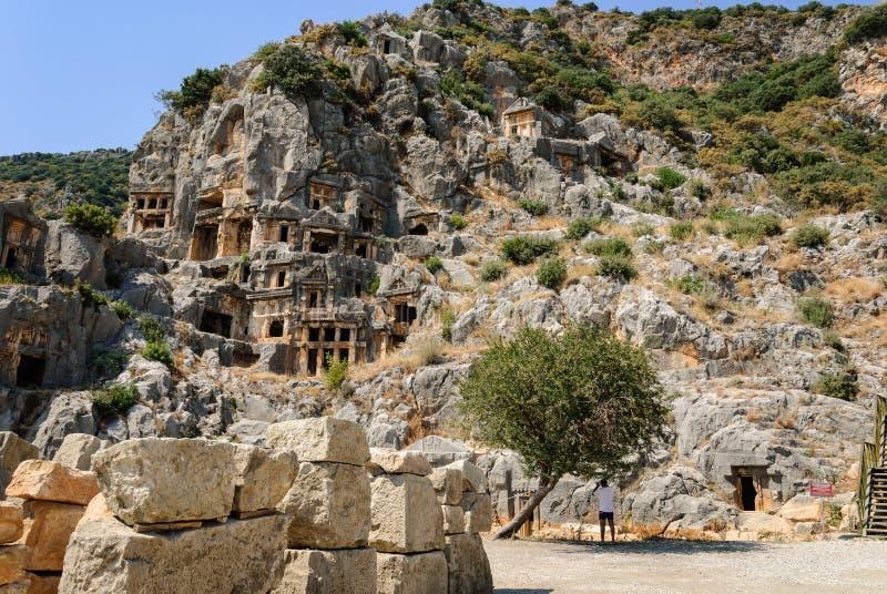 Ville antique de Myra près de Demre La Turquie, tombes faites dans la roche image stock