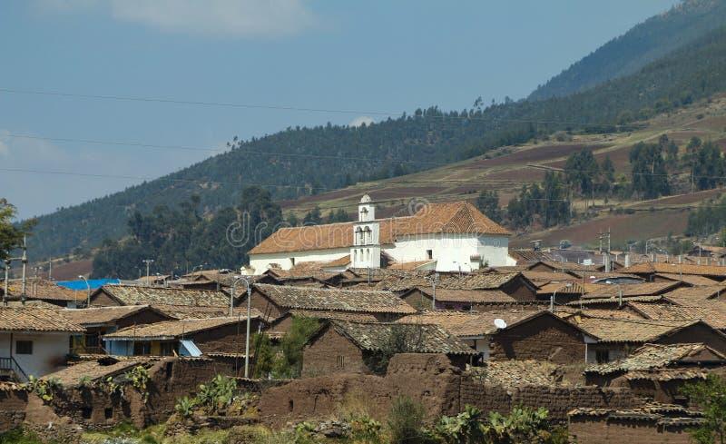Ville au Pérou rural images stock