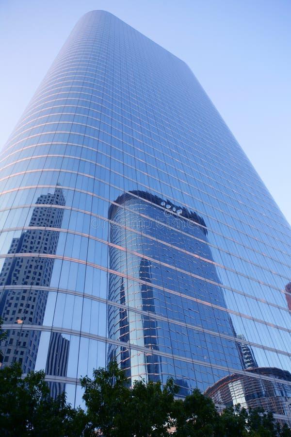 Ville bleue de gratte-ciel de constructions de Houston le Texas photos libres de droits