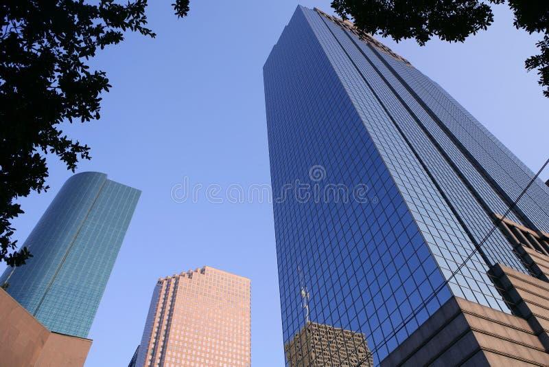 Ville bleue de gratte-ciel de constructions de Houston le Texas photographie stock