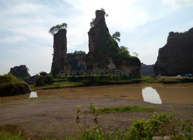 Ville brune Indonésie de Semarang de canyon de panorama images libres de droits