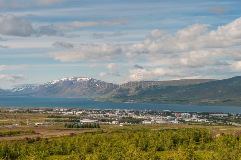 Ville d'akureyri en Islande photos libres de droits