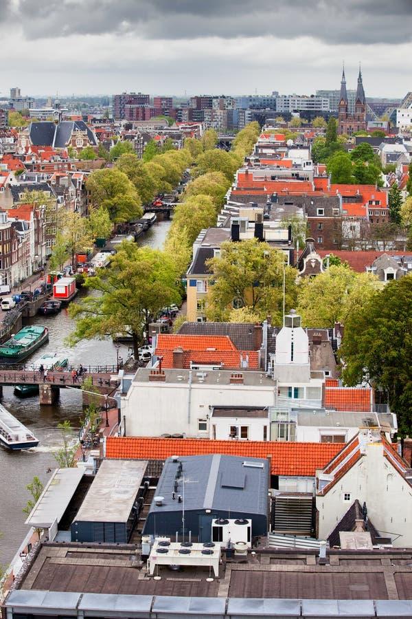 Ville d'Amsterdam d'en haut images stock