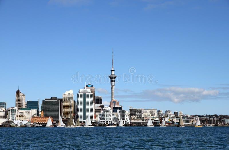 Ville d'Auckland, Nouvelle Zélande par Day 6 image libre de droits