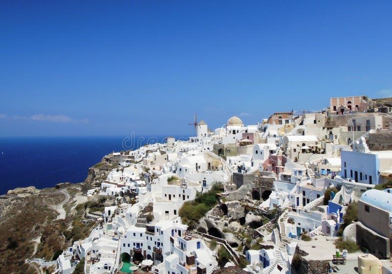 Ville d'Oia sur l'île grecque de Santorini image libre de droits