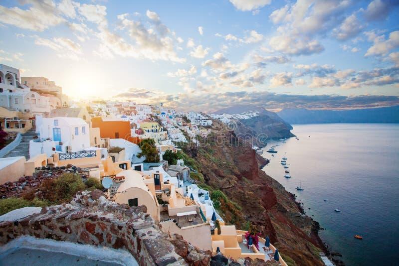 Ville d'Oia sur l'?le de Santorini, Gr?ce photos stock
