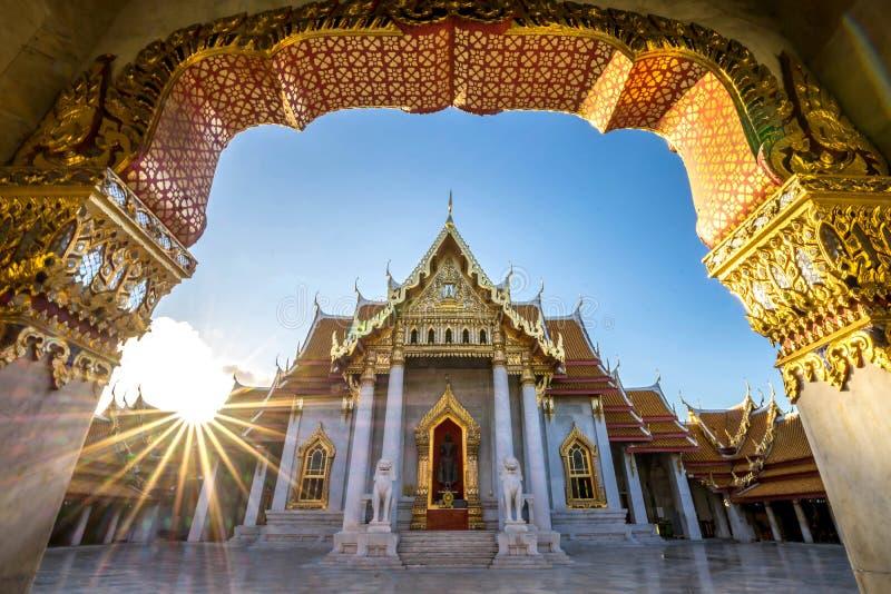 Ville de Bangkok - temple de dusitvanaram de Benchamabophit image libre de droits
