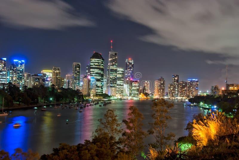 Ville de Brisbane la nuit - Queensland - Australie images libres de droits
