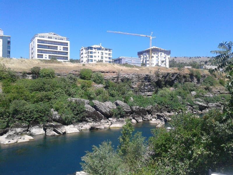 Ville de canalisation de Podgorica photo libre de droits