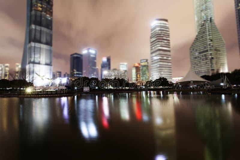 Ville de Changhaï Nuits Pudong photo stock