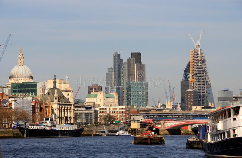 Ville de construction de Londres photographie stock libre de droits