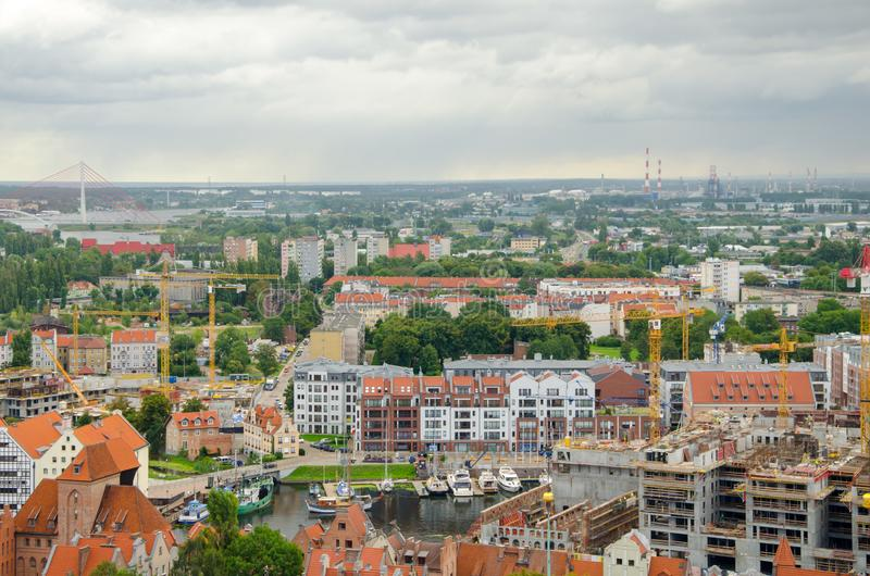 Ville de Danzig en Pologne, vue aérienne au-dessus de la vieille ville avec le riv images libres de droits