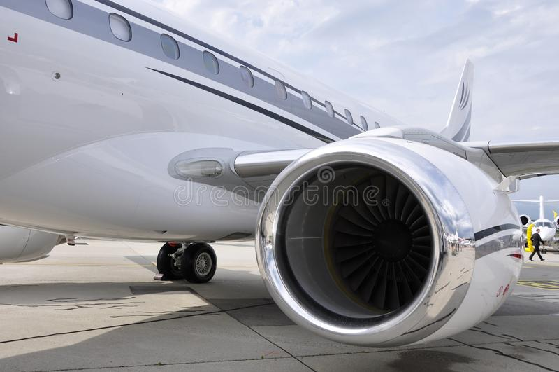 Ville de Genève : À EBACE sur l'aéroport de Genève l'industrie d'aviation apparaît photographie stock