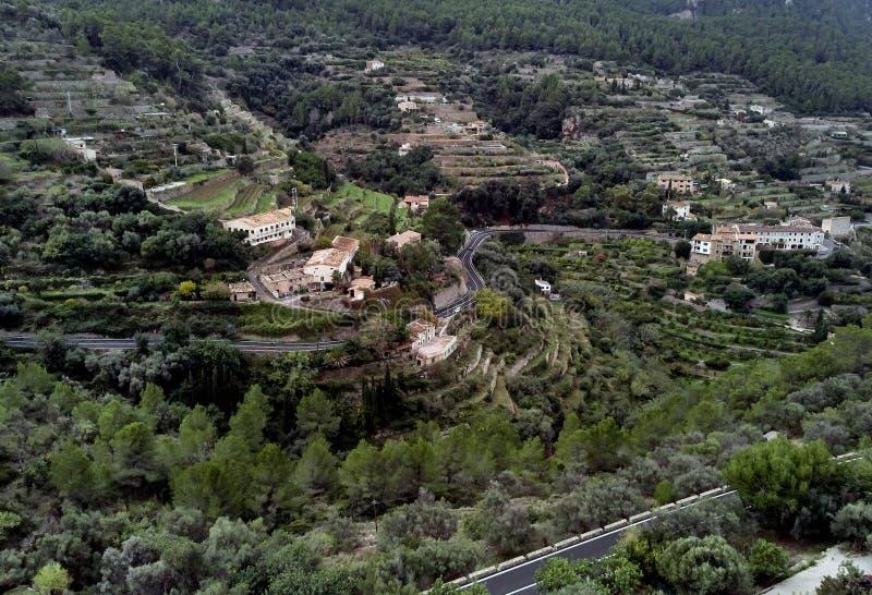 Ville de Hillside Banyalbufar sur la côte ouest de Majorque l'espagne image stock