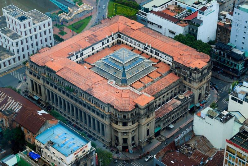 Ville de Ho Chi Minh, Vietnam - d?cembre 2018 : Banque d'Etat de vue du Vietnam avec la rivi?re et les ponts de Skydeck photo libre de droits