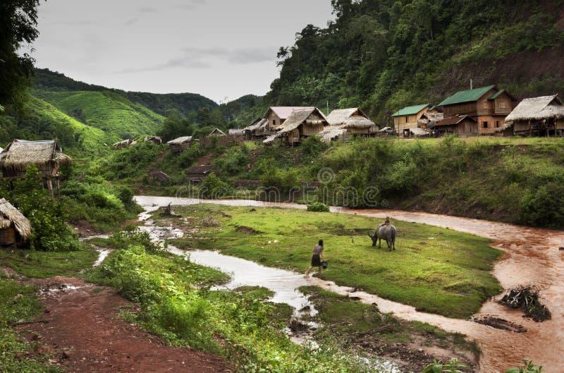 Ville de Khamu laos photos stock