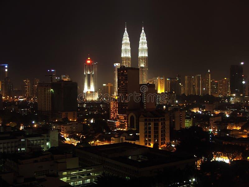 Ville de Kuala Lumpur la nuit photographie stock libre de droits