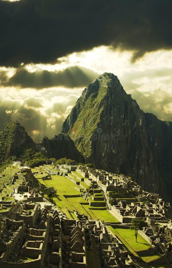 Ville de Machu-Picchu au Pérou images stock