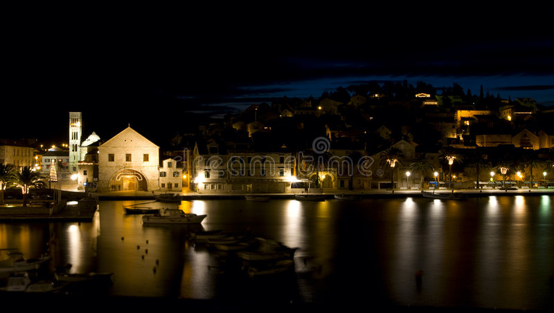 ville de nuit de beauté petite image stock
