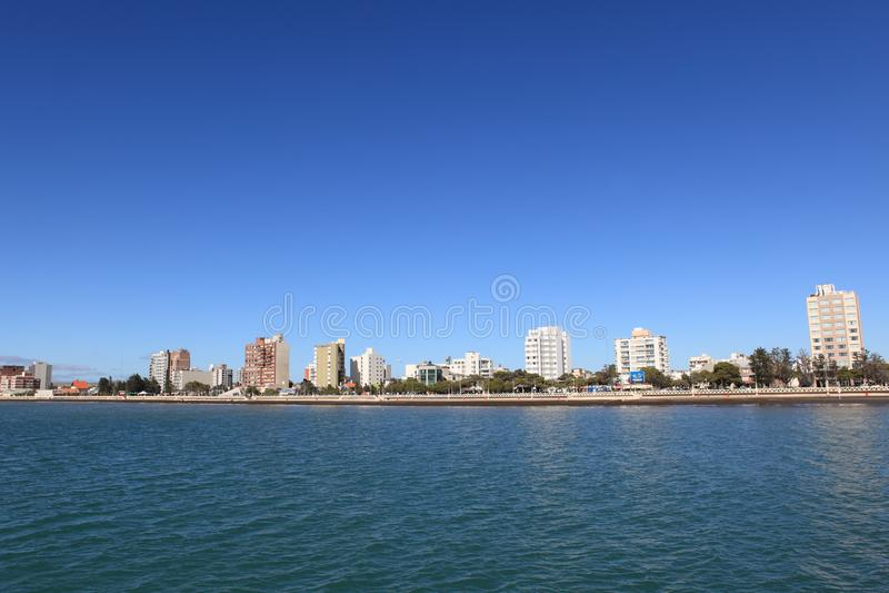 Ville de Puerto Madryn en Argentine photos stock