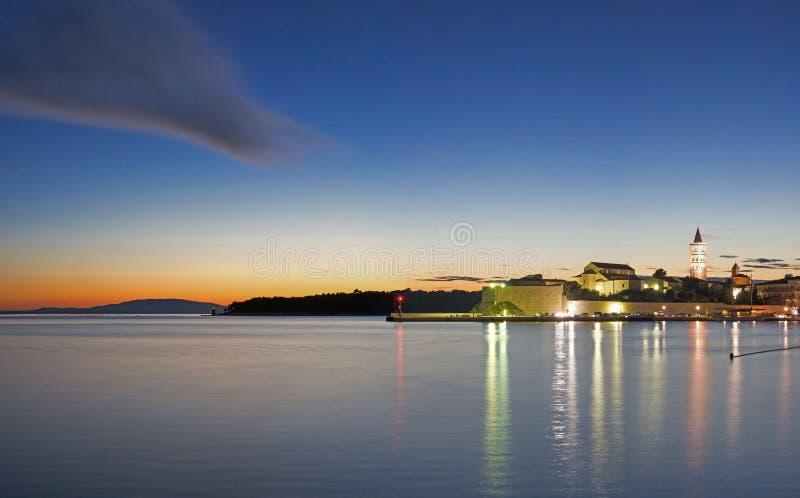 Download Ville de Rab image stock. Image du cruise, détendez, montagnes - 77161369