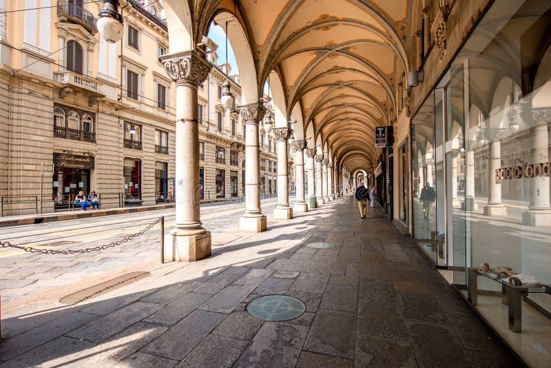 Download Ville de Turin en Italie photo éditorial. Image du nouveau - 77161841