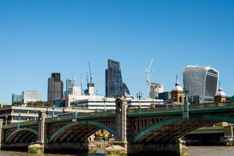 Ville des bâtiments de point de repère de Londres images libres de droits