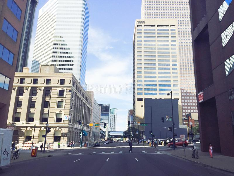 Ville du centre occupée photos stock