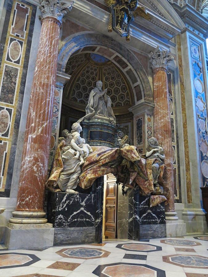 19 06 2017, Ville du Vatican : Intérieur de cathédrale du ` s de Saint Paul images stock