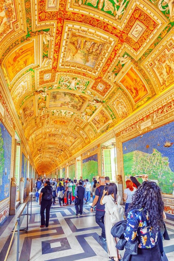 VILLE DU VATICAN, VATICAN 9 MAI 2017 : À l'intérieur du musée de Vatican, photo stock