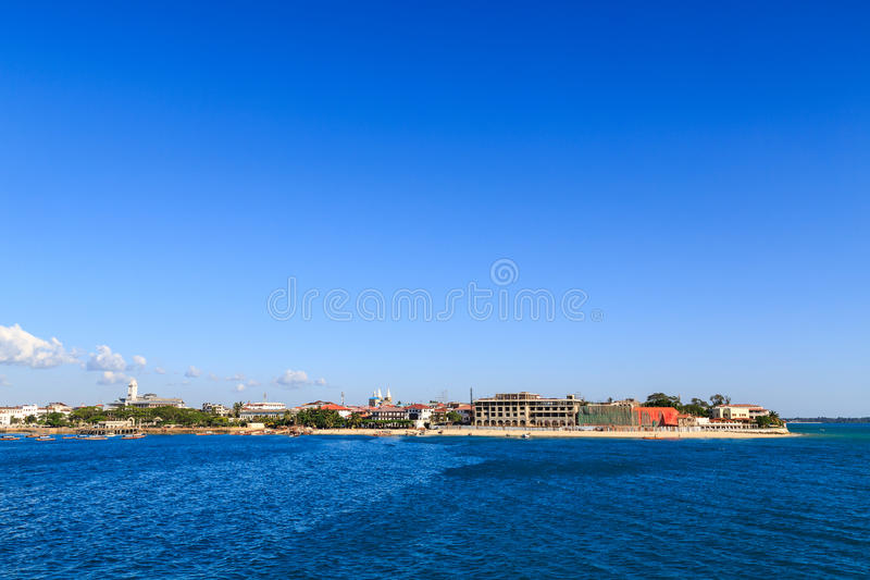 Ville en pierre Zanzibar vue de l'eau images libres de droits